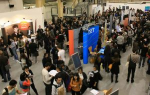 Tips for a Successful Virtual Career Fair for Employers